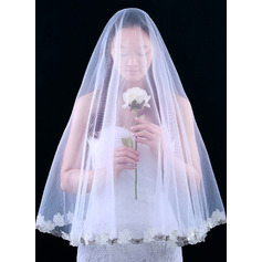 One-tier Cut Edge Fingertip Bridal Veils/Waltz Bridal Veils With Lace