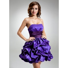 Empire Sweetheart Short/Mini Satin Homecoming Dress With Ruffle Sash