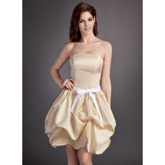 A-Line/Princess Strapless Short/Mini Satin Bridesmaid Dress With Ruffle Sash Bow(s)
