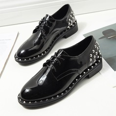 Women's Patent Leather Flat Heel Flats Closed Toe With Rivet Lace-up shoes (086112045)