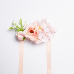 Charming Free-Form Wrist Corsage (Sold in a single piece) -
