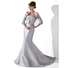 Trumpet/Mermaid Strapless Court Train Taffeta Mother of the Bride Dress