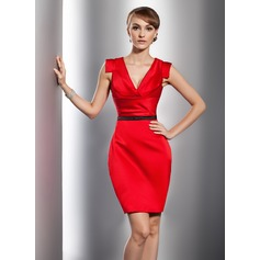 Forme Fourreau Col V Court/Mini Satiné Robe de cocktail avec Plissé Ceintures
