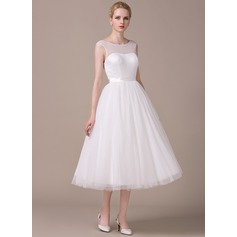 A-Line/Princess Scoop Neck Tea-Length Tulle Wedding Dress