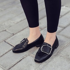 Women's Leatherette Low Heel Closed Toe With Buckle shoes (086112040)