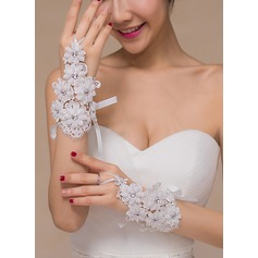 Lace Bridal Gloves (014105484)