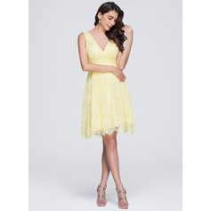 A-Line/Princess V-neck Knee-Length Lace Bridesmaid Dress With Ruffle