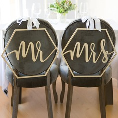 """Mr & Mrs"" Elegant Trä Bröllop Sign"
