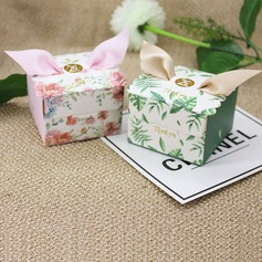 Lovely/Nice/Elegant Cubic Card Paper Favor Boxes With Ribbons