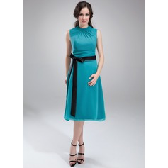 A-Line/Princess Scoop Neck Knee-Length Chiffon Maternity Bridesmaid Dress With Ruffle Sash Bow(s)