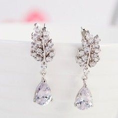 Chic Alloy Zircon Ladies' Fashion Earrings