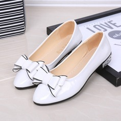 Women's Leatherette Low Heel Pumps With Bowknot