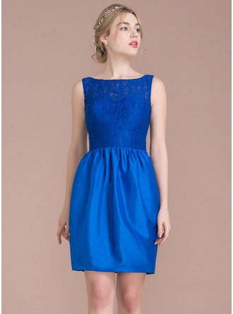 Sheath/Column Scoop Neck Knee-Length Taffeta Lace Bridesmaid Dress