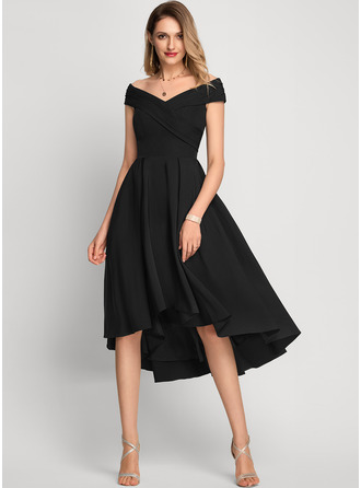 Off-the-Schulter Asymmetrisch Strech-Krepp Cocktailkleid