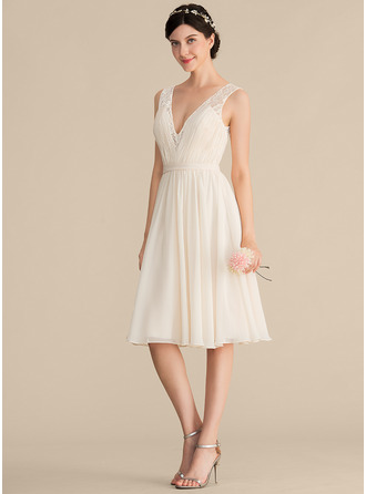 V-neck Knee-Length Chiffon Lace Cocktail Dress With Ruffle