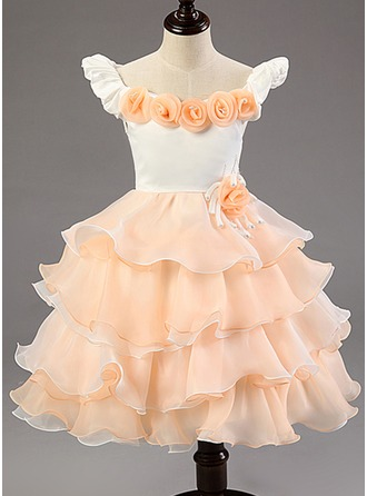 Ball Gown Knee-length Flower Girl Dress - Cotton Blends Short Sleeves Scoop Neck With Ruffles/Flower(s)