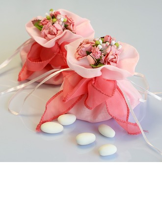 Lovely Favor Bags With Flowers/Ribbons