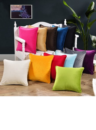 Traditional/Classic Casual Polyester Throw Pillow (Sold in a single piece)
