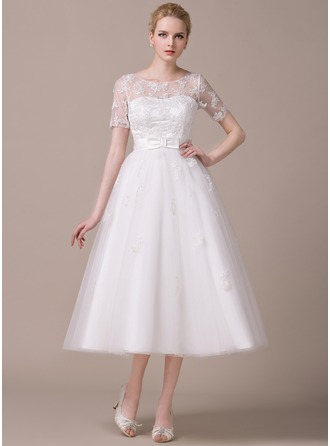 A-Line/Princess Scoop Neck Tea-Length Tulle Wedding Dress With Appliques Lace Bow(s)