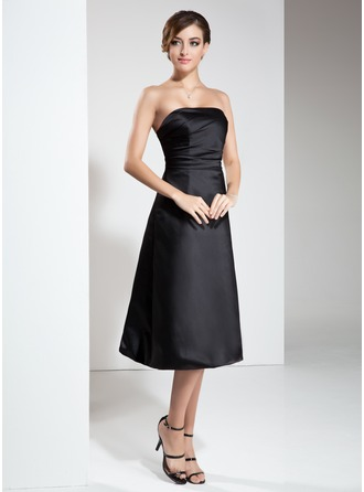A-Line/Princess Strapless Knee-Length Satin Cocktail Dress With Ruffle