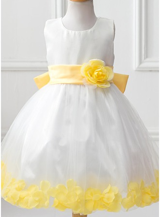 Ball Gown Knee-length Flower Girl Dress - Tulle Polyester Scoop Neck With Flower(s) Bow(s)
