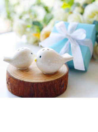 Love Birds Salt and Pepper Shakers Set in Tiffany Blue GiftBox