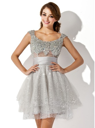 A-Line/Princess Scoop Neck Short/Mini Tulle Cocktail Dress With Ruffle Beading Sequins