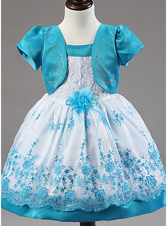 A-Line/Princess Knee-length Flower Girl Dress - Cotton Blends Short Sleeves Square Neckline With Lace/Flower(s)