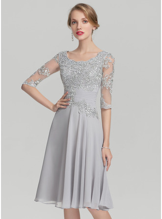 Scoop Neck Knee-Length Chiffon Mother of the Bride Dress