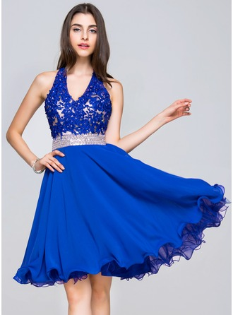 A-Line/Princess V-neck Knee-Length Chiffon Lace Homecoming Dress With Beading Sequins