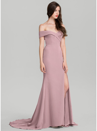 Sheath/Column Off-the-Shoulder Sweep Train Satin Prom Dresses
