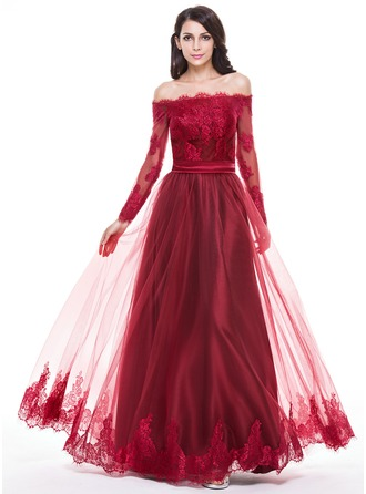 A-Line/Princess Off-the-Shoulder Floor-Length Tulle Prom Dress With Appliques Lace