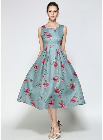 Polyester With Jacquard/Big Hem Knee Length Dress