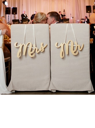 """Mr. & Mrs."" Elegant Tre Wedding Sign"