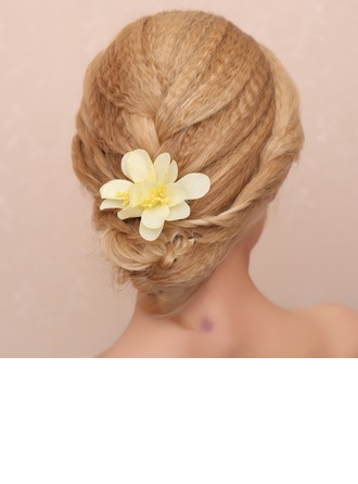 Glamourous Cloth Combs & Barrettes/Flowers & Feathers