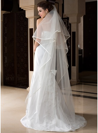 One-tier Chapel Bridal Veils With Ribbon Edge