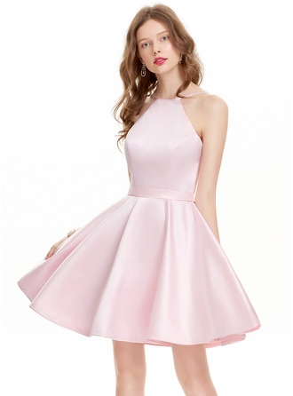 A-Line/Princess Scoop Neck Short/Mini Satin Prom Dress