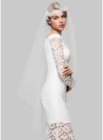 One-tier Cut Edge Fingertip Bridal Veils With Applique