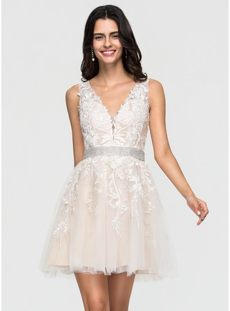 V-neck Short/Mini Tulle Wedding Dress With Lace Beading
