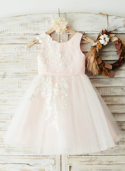 A-Line/Princess Knee-length Flower Girl Dress - Satin/Tulle/Lace Sleeveless Scoop Neck With Appliques
