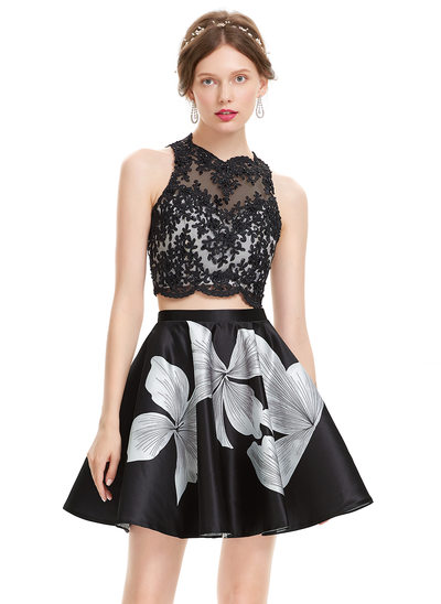 A-Line/Princess Scoop Neck Short/Mini Satin Prom Dress With Beading Sequins