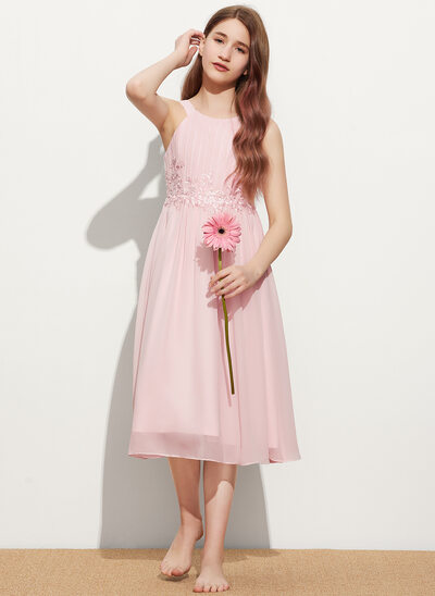 A-Line Scoop Neck Knee-Length Chiffon Lace Junior Bridesmaid Dress With Ruffle