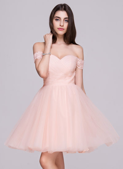 A-Line/Princess Off-the-Shoulder Short/Mini Tulle Prom Dress With Ruffle Lace Beading Sequins