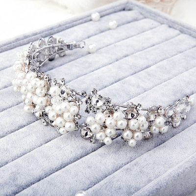 Ladies Beautiful Rhinestone Tiaras With Venetian Pearl