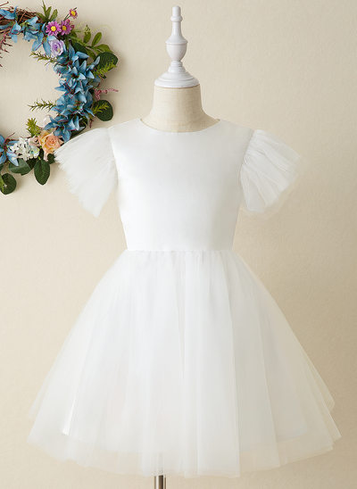 Ball-Gown/Princess Knee-length Flower Girl Dress - Tulle Short Sleeves Scoop Neck
