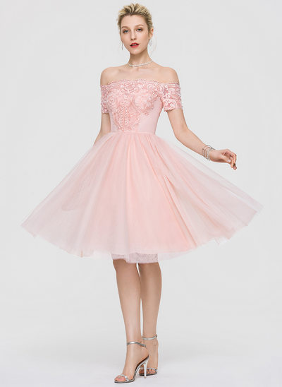 A-Line Off-the-Shoulder Knee-Length Tulle Homecoming Dress