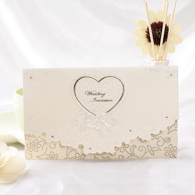 Herz-Stil Tri-Fold Invitation Cards