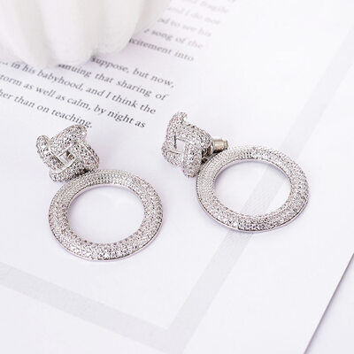 Ladies' Gorgeous Copper/Platinum Plated With Cubic Cubic Zirconia Earrings For Bridesmaid/For Friends