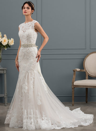 Trumpet/Mermaid Scoop Neck Court Train Tulle Wedding Dress