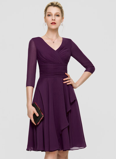 A-Line V-neck Knee-Length Chiffon Bridesmaid Dress With Ruffle Lace Sequins